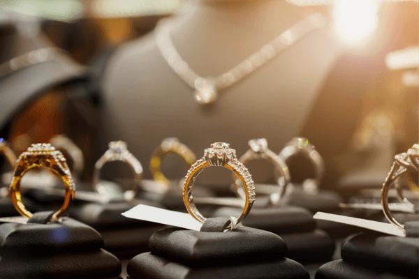 Buckeye Gold We Buy and Sell Jewelry